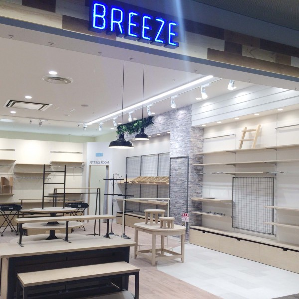 BREEZE  セブンパークアリオ柏店